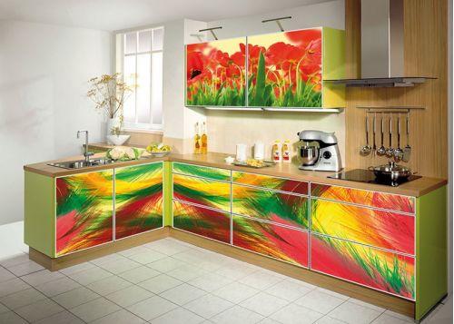 Кухня с фотопечатью Фонтана